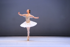 Tala Lee-Turton, Bolshoi Ballet Academy performing Aurora from Sleeping Beauty at VKIBC 2015